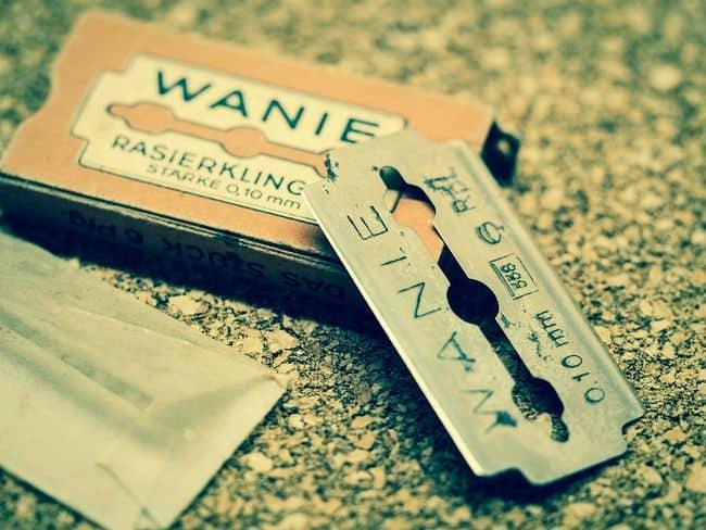best disposable straight razor blades